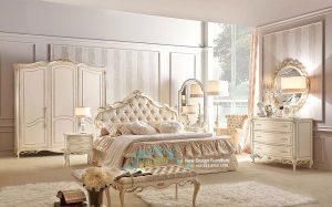Set Tempat Tidur Klasik Camere
